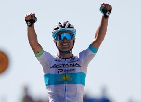 Resultados da fase 6 do Tour de France.  Alexey Lutsenko vence em Mont Aigoual, Greg Van Avermaet habilmente terceiro