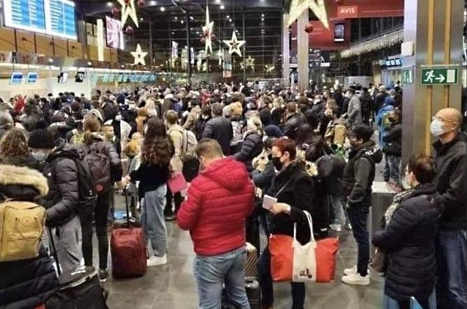 Na verontwaardiging over beeld van mensenmassa in luchthaven van Charleroi: hier gaan al die reizigers naartoe