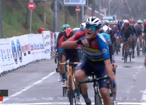 Twee op twee: Davide Ballerini bezorgt Deceuninck - Quick Step opnieuw ritzege in Tour de la Provence