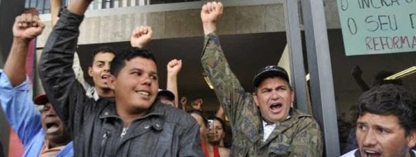 Sindicatos protestam contra mudanças em benefícios previdenciários