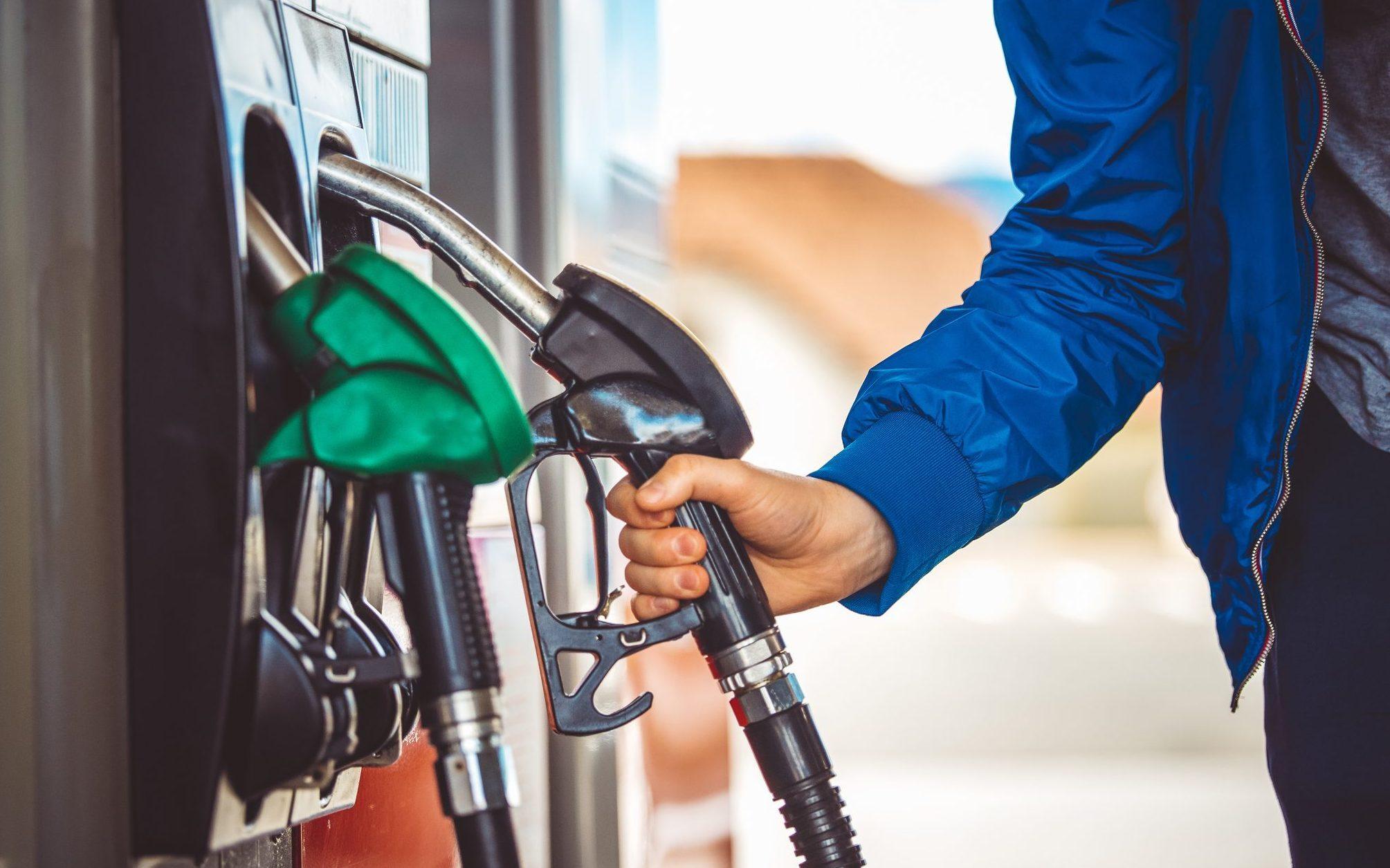 Usa, messaggi sulle pompe di benzina per salvaguardare l'ambiente | Ohga!