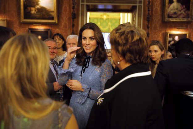 LONDON, UNITED KINGDOM - OCTOBER 10: Catherine, Duchess of Cambridge attends a reception on World Mental Health Day to celebrate the contribution of those working in the mental health sector across the UK at Buckingham Palace on October 10, 2017 in London, England. (Photo by Heathcliff O'Malley - WPA Pool/Getty Images)