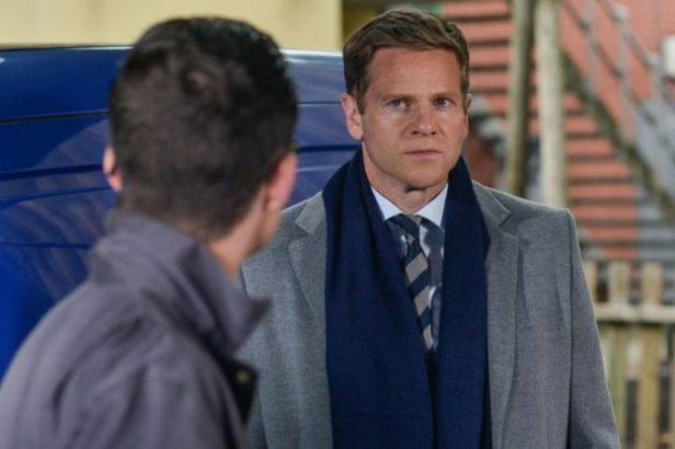 EastEnders: Lauren Branning and Ben Mitchell are suspicious of Luke Browning