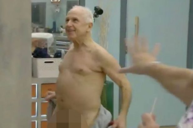 Celebrity Big Brother: Wayne Sleep flashed – and his penis was unpixelated!