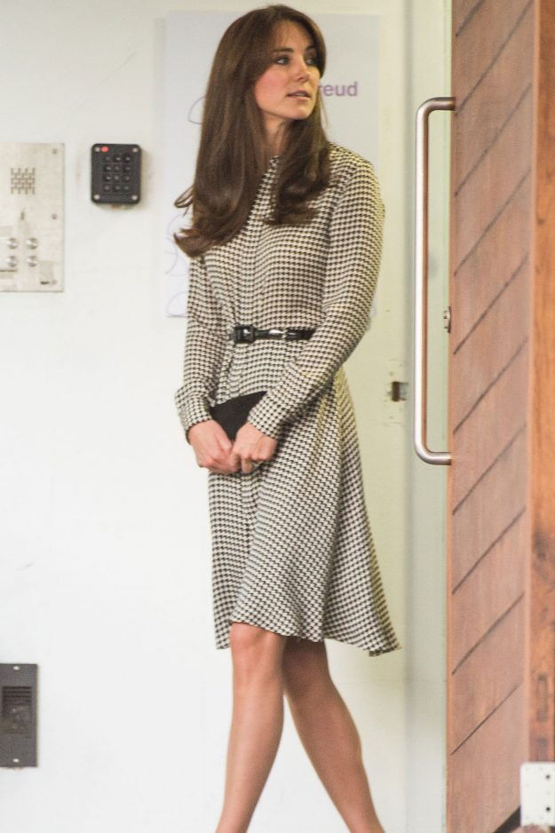 Kate Middleton returns to work four months after welcoming Princess Charlotte for a royal visit in September 2015