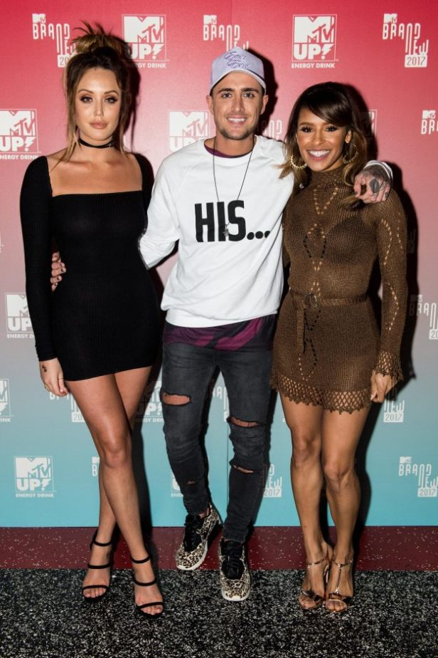 Celebs go dating 2017 melody
