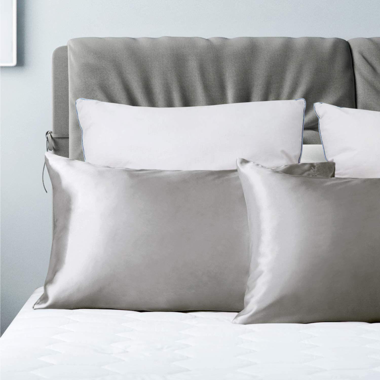 this satin pillowcase set has over 14