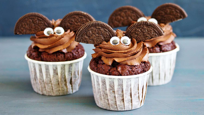 Bearfootbaker edibleart rolloutcookies royalicing sugarcookies airbrushedcookies halloweencookies … 46 Halloween Desserts And Treats Cookies Cakes Brownies Cupcakes And More Real Simple