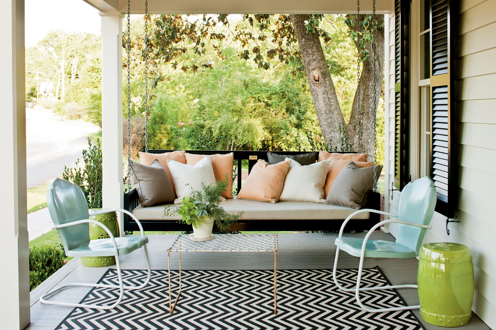 these 19 peaceful porch swings will