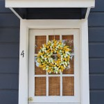 Spring Wreaths For Beautiful Easter Door Decorations 2021 Southern Living