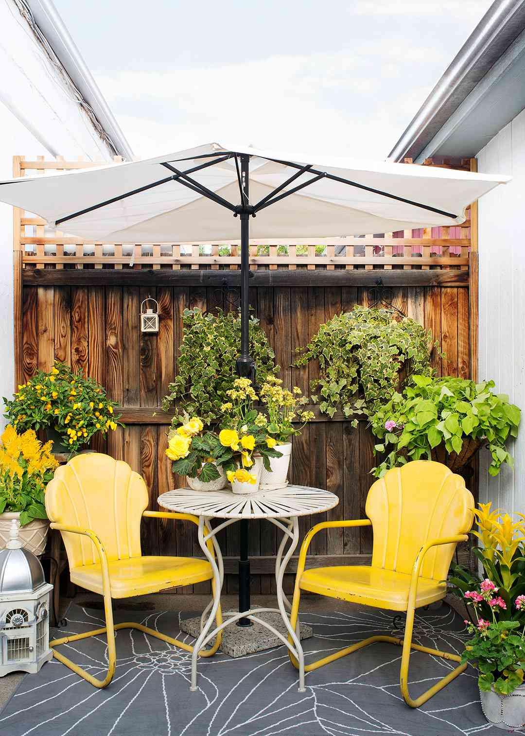 9 Budget-Friendly Backyard Ideas   Better Homes & Gardens on Budget Friendly Patio Ideas id=37162