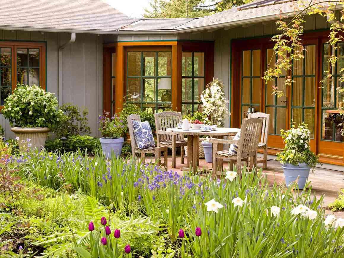 7 landscaping ideas for beginners | better homes & gardens