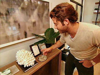 Nate Berkus frames personal notes.