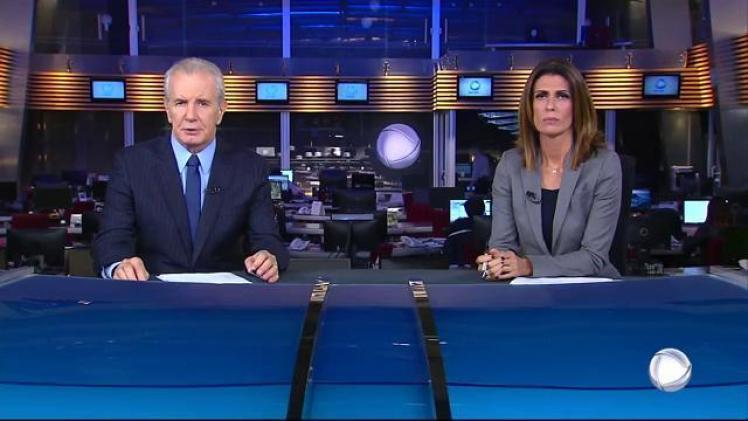 """Celso Freitas e Janine Borba no comando do """"Jornal da Record"""" (Foto: Reprodução/Record)"""
