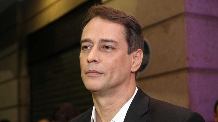 Marcello Antony está no ar na novela Valor da Vida. (Foto: Divulgação)