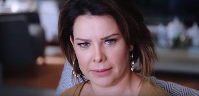 Fernanda Souza em seu canal no Youtube