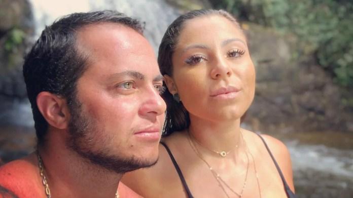 Thammy e a esposa (Foto: Reprodução)