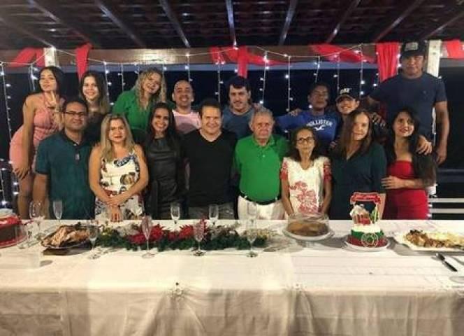 Ximbinha passou o Natal com amigos (Foto: Reprodução)