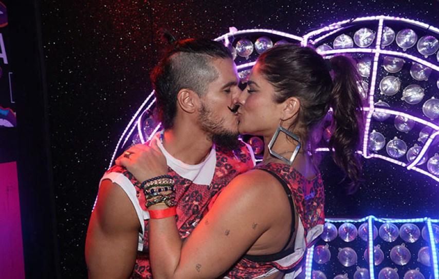 Priscila Fantin e Bruno Lopes beijam muito em Camarote (Foto: Rogério Fidalgo/AgNews)