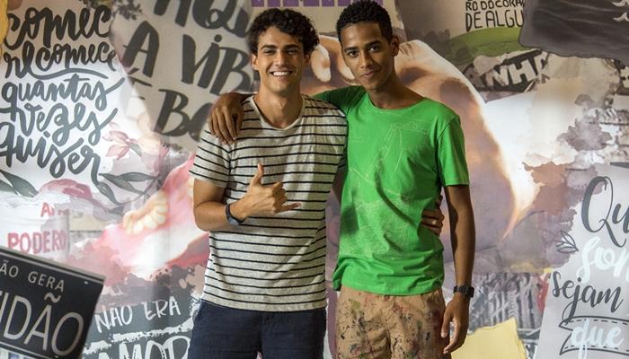 Guga (Pedro Alves) e Serginho (João Pedro Oliveira), casal gay de Malhação: Toda Forma de Amar (Foto: Globo/Estevam Avellar)