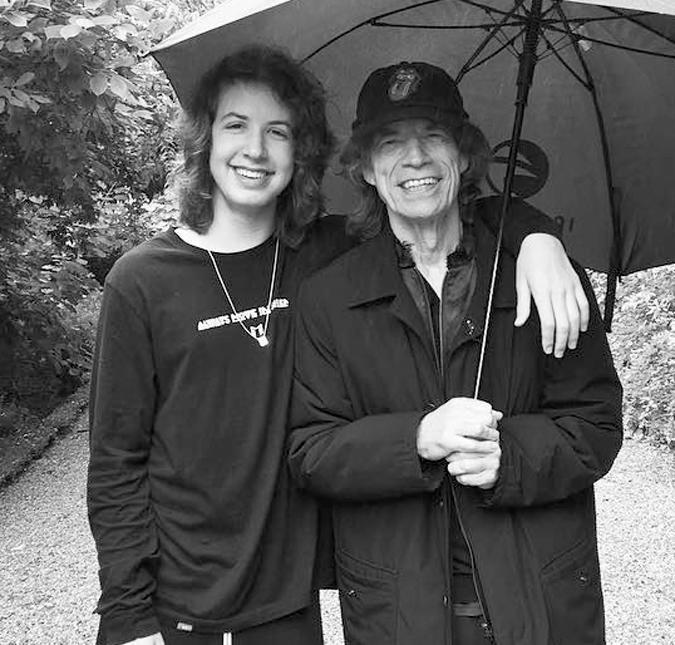 Mick Jagger e filho (Foto: Reprodução)