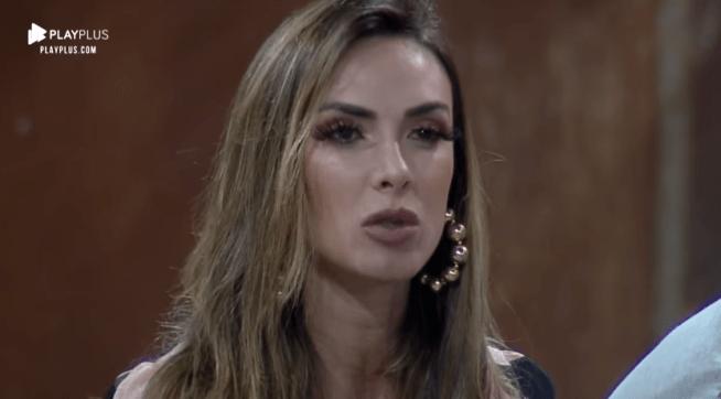 Nicole Bahls, esposa de Marcelo Bimbi anda sendo bombardeada nas redes sociais (Foto: Reprodução/Record)