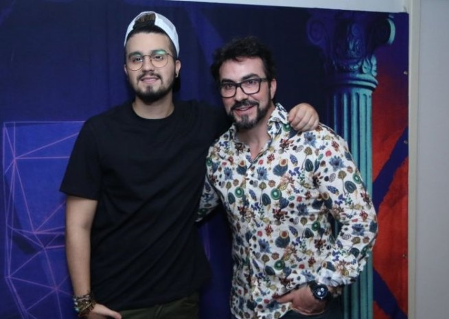 Cantor Luan Santana e Padre Fábio de Melo (Foto: AGNews)