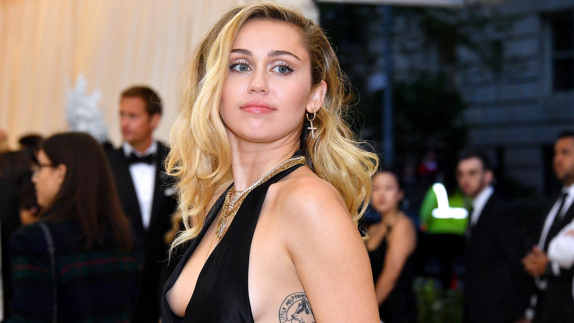 A cantora Miley Cyrus se pronunciou sobre o fim de seu casamento (Foto: Reprodução)