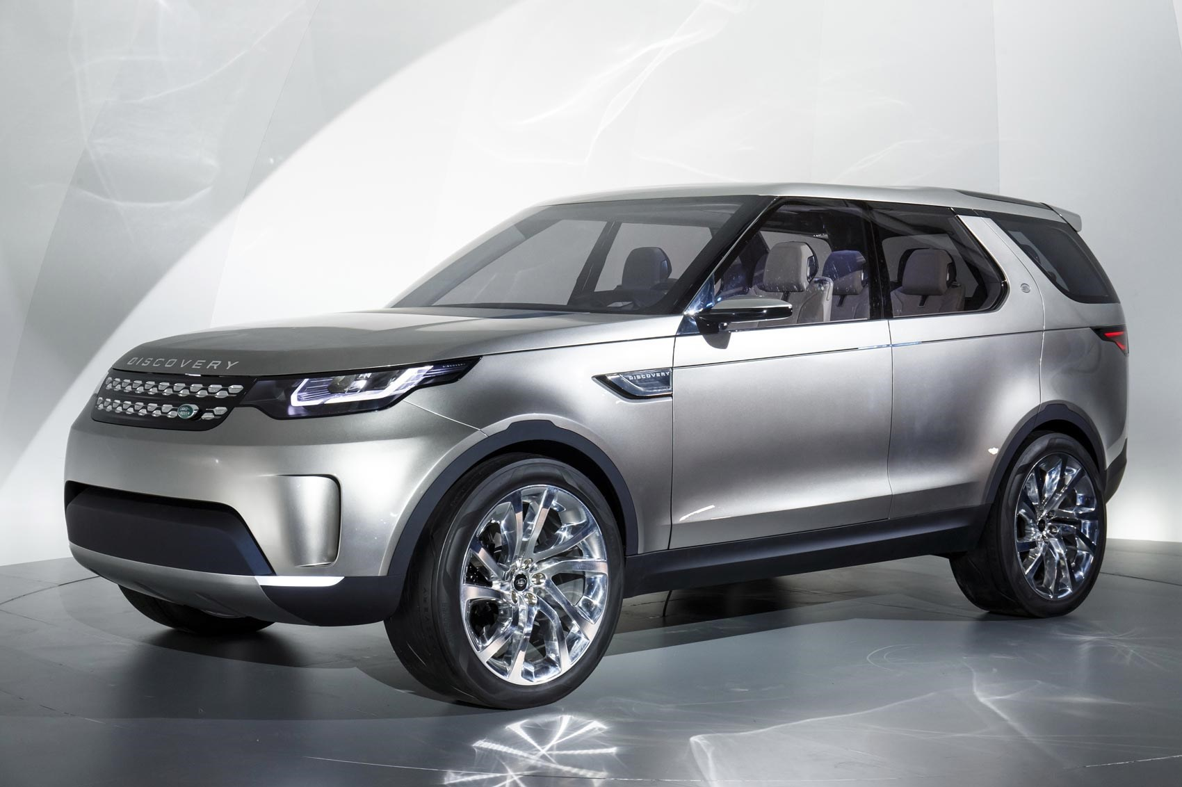 Land Rover Cars in Pakistan Prices Reviews & More