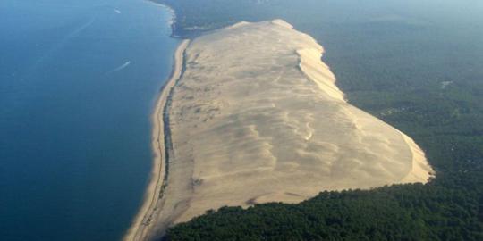 bukit pasir berjalan