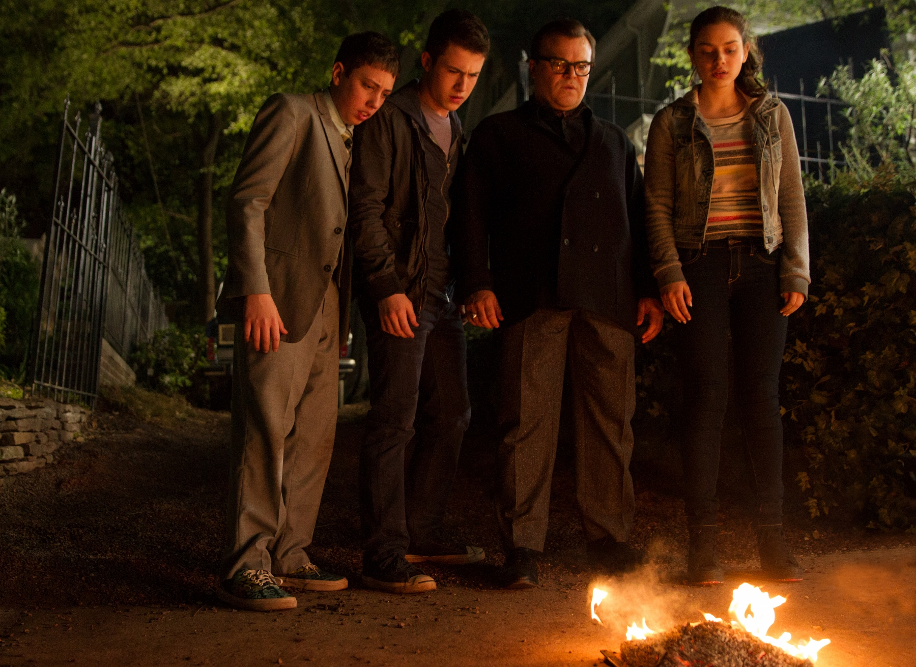 "<p>Dylan Minnette, Jack Black, Odeya Rush and&nbsp;Ryan Lee star in <em>Goosebumps,&nbsp;</em>based on the books by R.L. Stine,<span style=""font-family: proxima-nova-n4, proxima-nova, 'Helvetica Neue', Helvetica, Arial, sans-serif; font-size: 18px; line-height: 28px;"">&nbsp;the story of how the monsters from his books escape into the world, wreak havoc, and the attempts that are made to get them back onto the pages where they belong.</span></p>"