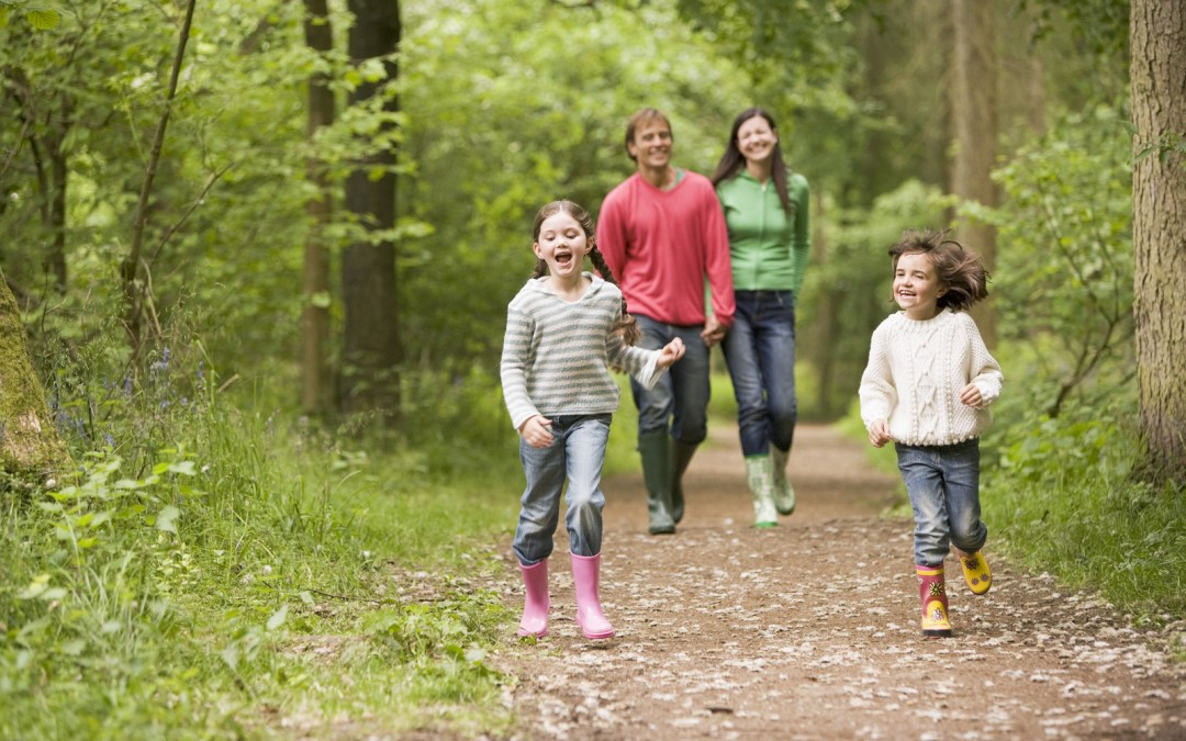 Why You Should Plan Outdoor Activities With The Kids This Easter
