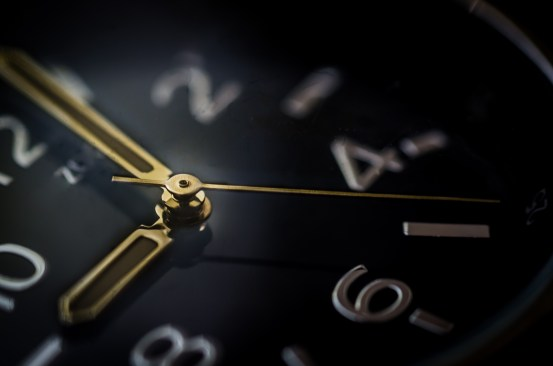 https://i1.wp.com/static.pexels.com/photos/9352/glass-time-watch-business.jpg?resize=553%2C366&ssl=1