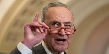 Trump tangles with Schumer over coronavirus response