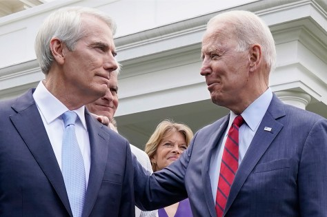 Republicans back on board after Biden's infrastructure clean-up