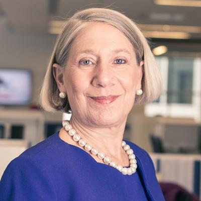 Anita Dunn headshot
