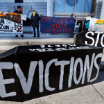 Supreme Court blocks part of New York's pandemic eviction ban 💥👩👩💥