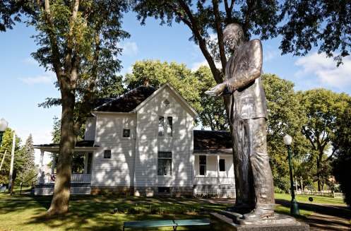 A statue of Reagan outside his boyhood home