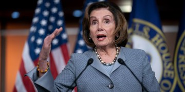 Pelosi won't say if she'll support Dem frontrunner who lacks majority of delegates
