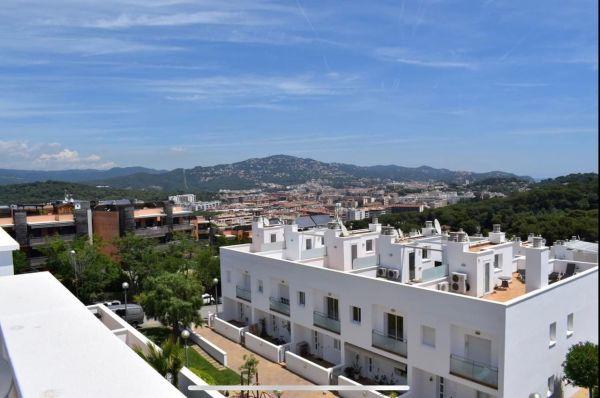 Купить дом на Льорет-де-Мар, Испания - цена 28 416 395 ...