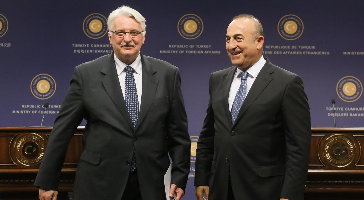 Minister spraw zagranicznych Witold Waszczykowski i minister spraw zagranicznych Turcji Mevlut Cavusoglu