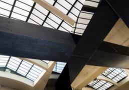 The architecture of the Céline S/S 2015 show at Tennis Club de...