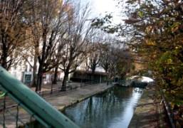 The Canal Saint-Martin on abeautiful fall day, Paris. Photo Olivier Zahm