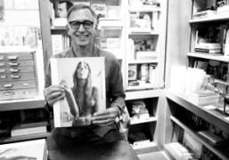 Richard Kernat his book signing forContact HighatBookmarc, New York.Photo Elise Gallant