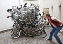 Dan Colen in front of his installation En Greve at Colette, En…