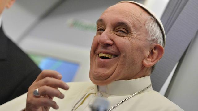 PONTÍFICE carismático.  El Papa reza por Francis incluso uno de sus peores críticos.  Foto de Luca Zennaro / EPA / piscina Archivo