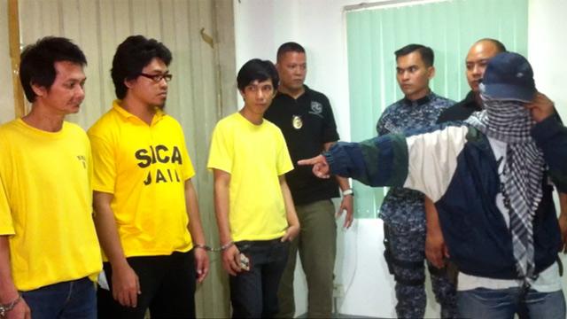 'Foi ele'! Uma testemunha no suposto sequestro de seis membros das 'Testemunhas de Jeová identifica um dos alegados seqüestradores.