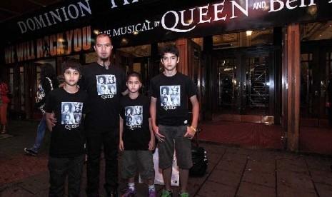 Ahmad Dhani dan ketiga anaknya, El, Dul dan AL