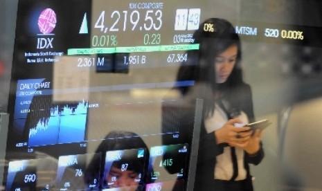 Angka pergerakan indeks harga saham gabungan (IHSG) pada layar di Bursa Efek Indonesia (BEI), Jakarta (ilustrasi).
