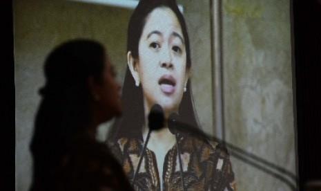 Menteri Pembangunan Manusia dan Kebudayaan, Puan Maharani.